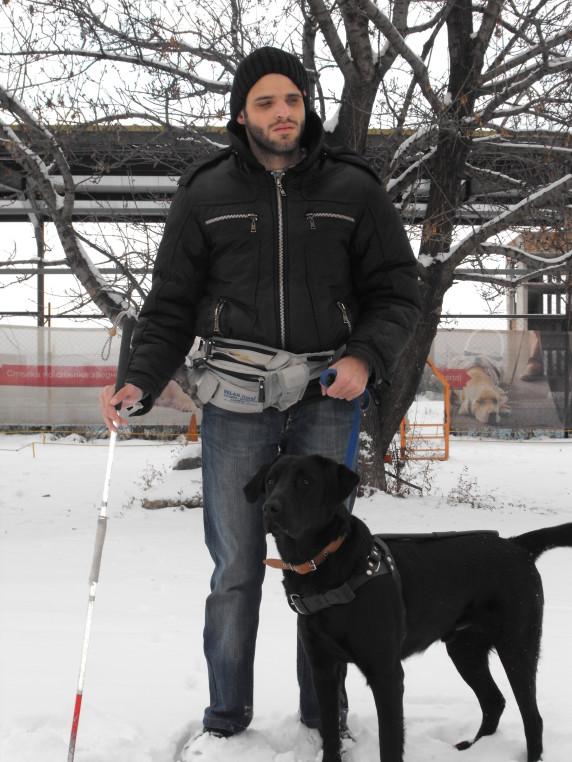 Дарко работи в Благоевград със своя стопанин Йордан