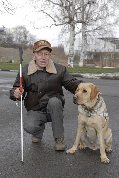 Откакто Бари работи за своя стопанин Вихър, двамата са неразделни.