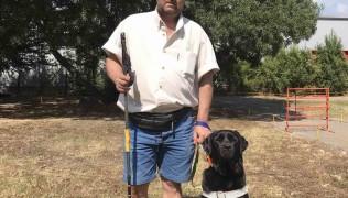 Илиян Димов и кучето водач Робин